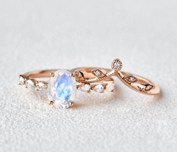 Oval Blue Moonstone Vintage Leaf Ring - Seperate