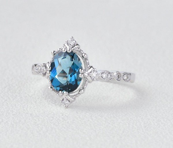 Oval Shaped Blue Topaz Antique Art Deco Ring - White - Side