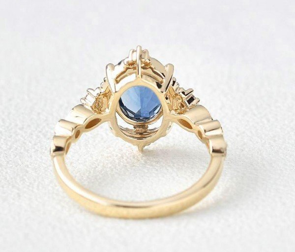 Oval Shaped Blue Topaz Antique Art Deco Ring - Yellow - Back