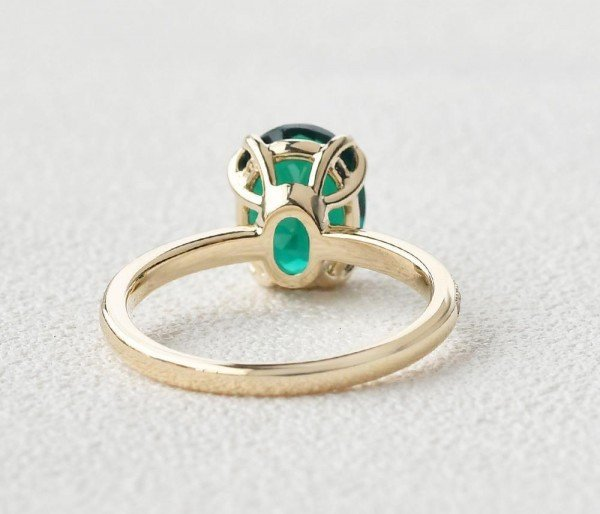 Oval Green Emerald Cuddle Ring - Yellow - Back