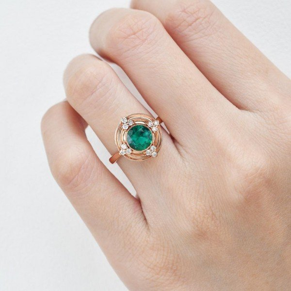 Round Green Emerald Antique Beaded Ring - Finger