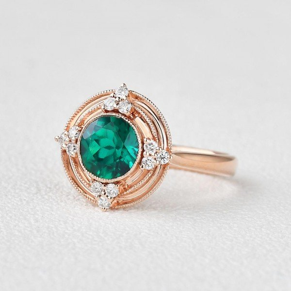 Round Green Emerald Antique Beaded Ring - Side