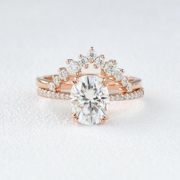 Oval Shaped Moissanite Class Crown Set - Front