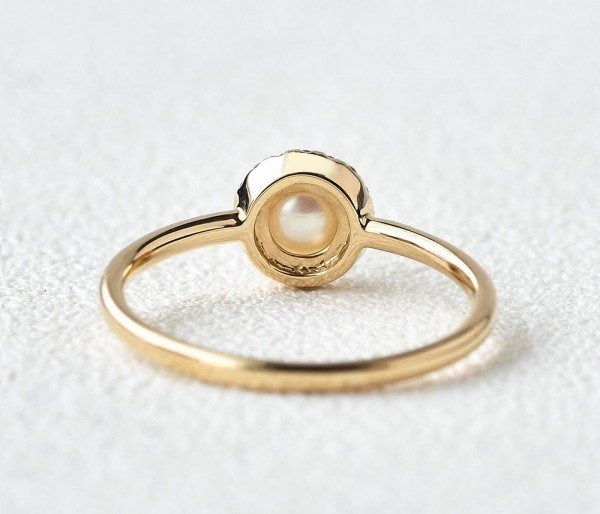 Round Pearl Halo Ring - Back