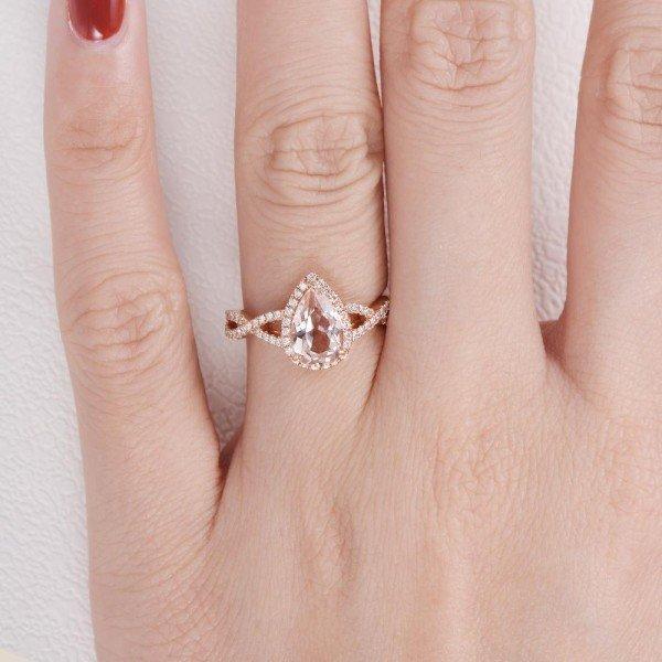 Pear Pink Morganite Twist Halo - Finger