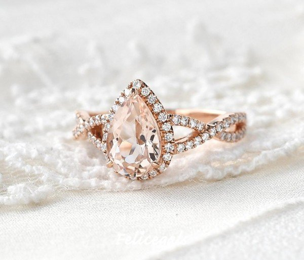 Pear Pink Morganite Twist Halo - Front