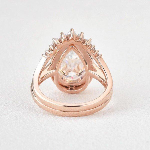 Pear Shaped Moissanite Vintage Halo Ring Set - Back