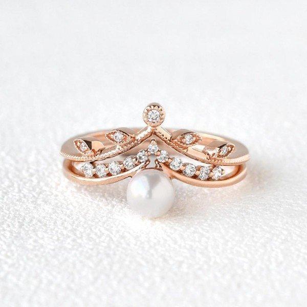 Round Pearl Vintage Leaf Ring Set - Front